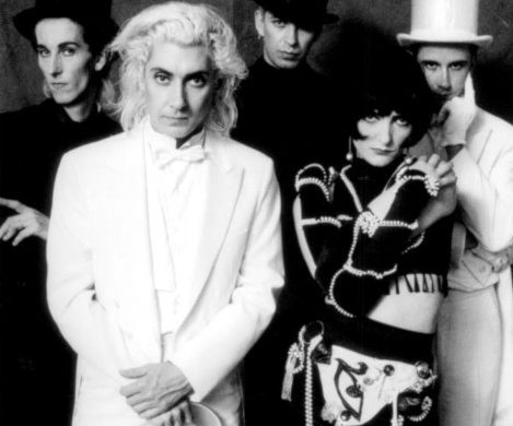 Siouxsie and the Banshees image