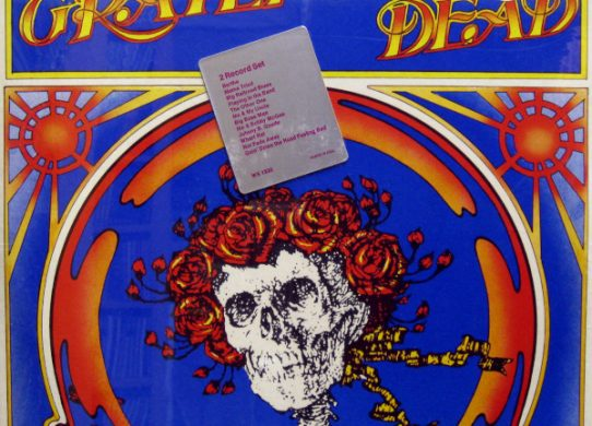 skull and roses album cover