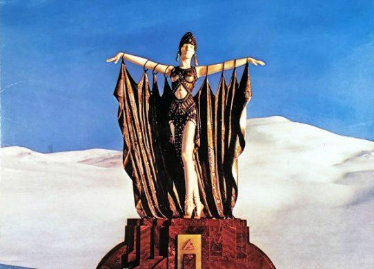 Wings Greatest album cover
