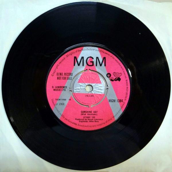 Sunshine Day 45 rpm single